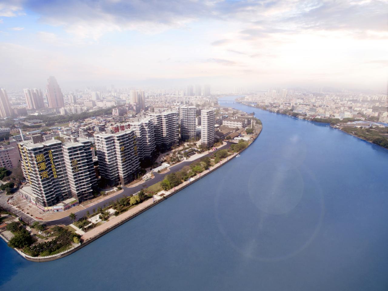 珠江鹅潭湾